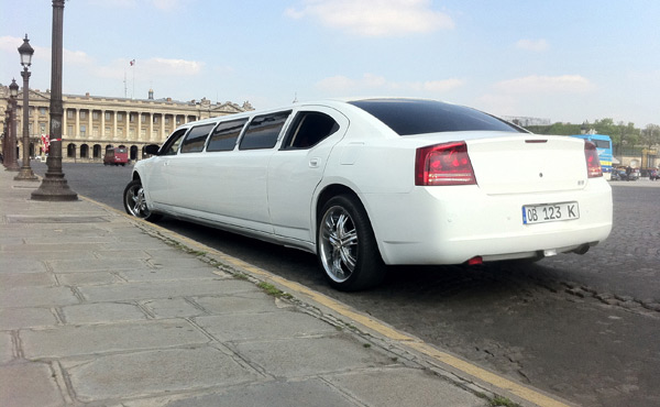 Photo Limousine Dodge Charger